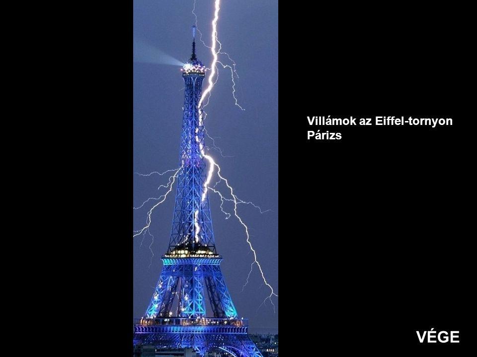Villámok az Eiffel-tornyon
