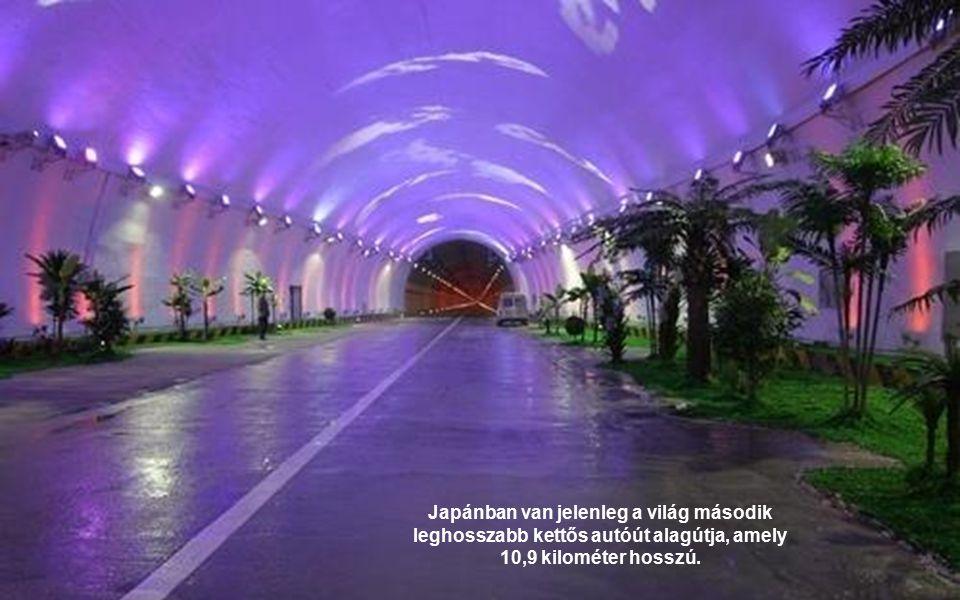 Japánban van jelenleg a világ második leghosszabb kettős autóút alagútja, amely 10,9 kilométer hosszú.