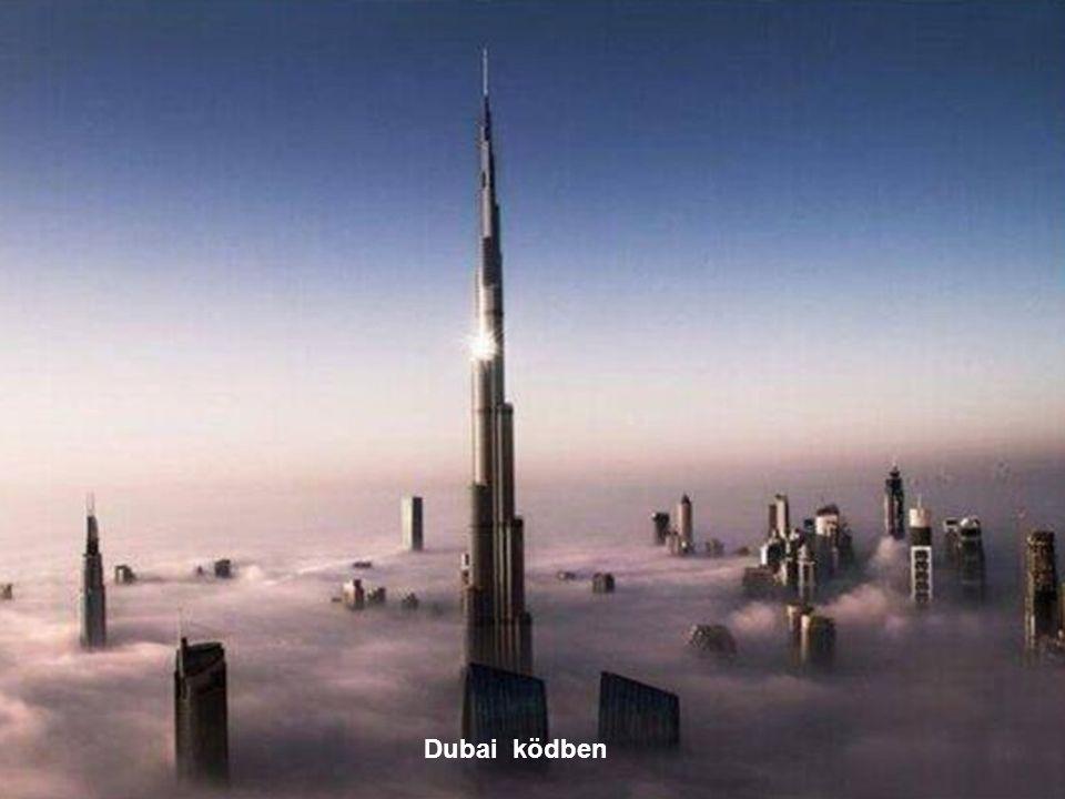 Dubai ködben