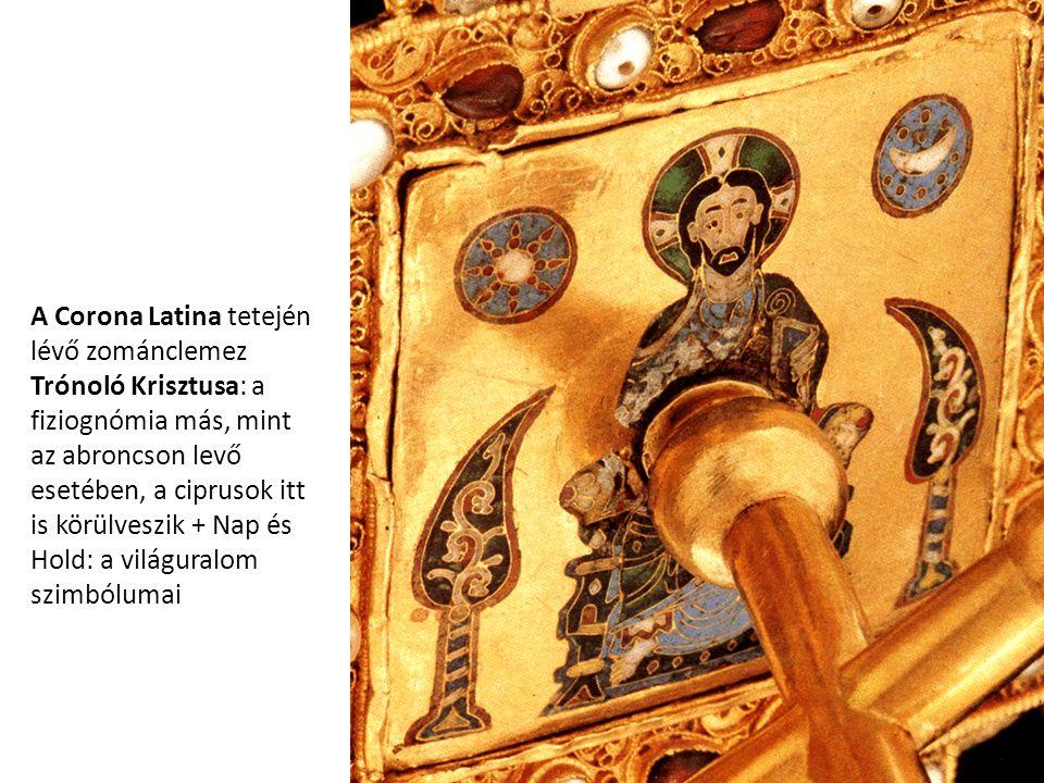 A Corona Latina tetején lévő zománclemez Trónoló Krisztusa: a fiziognómia más, mint az abroncson levő esetében, a ciprusok itt is körülveszik + Nap és Hold: a világuralom szimbólumai
